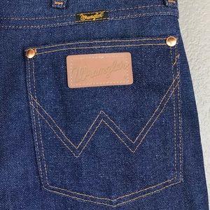 SOLD LIKE NEW Vintage Wrangler Dark Wash Jeans
